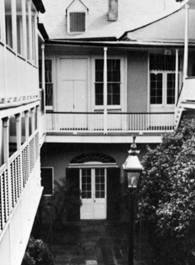 Inner courtyard of the Merieult House in the French Quarter in New Orleans Louisiana.jpg