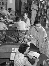 Soldiers at the Natchitoches Parish Library - 1941.jpg