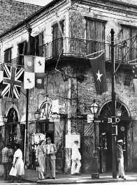 Old Absinthe House in New Orleans Louisiana circa 1940s.jpg